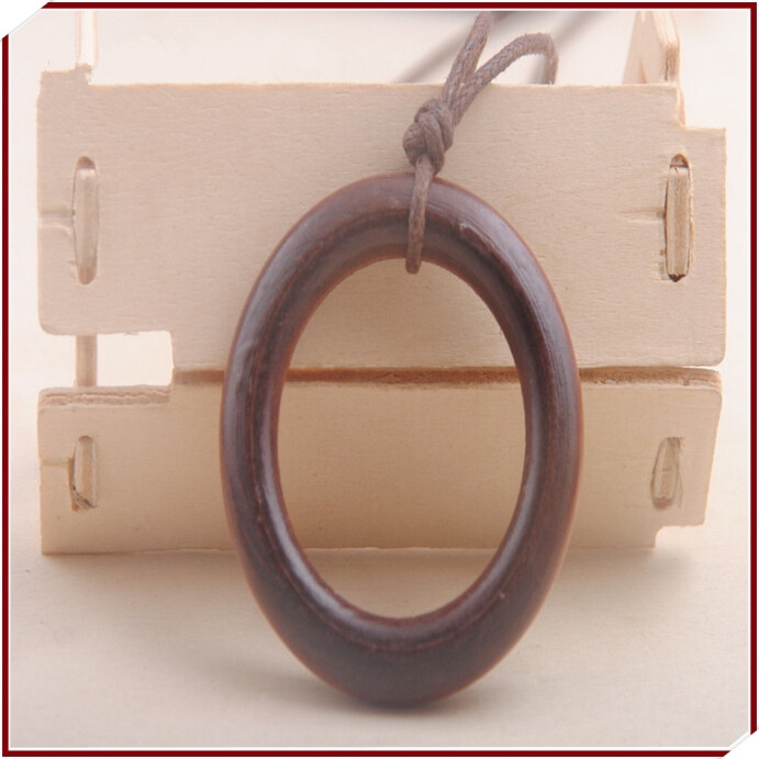 Manufacturers selling wooden necklaces Simple atmospheric restoring ancient ways wooden big circle long sweater chain ...