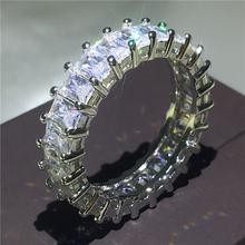 Кольцо из серебра 2018 пробы с фианитом 5 А