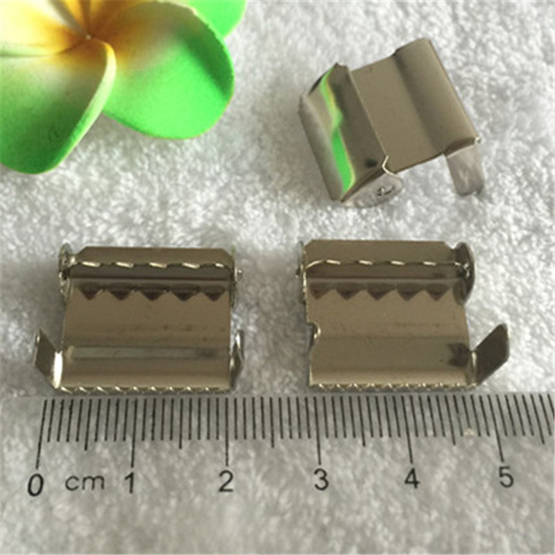 Tirantes con 4 clips en patrón de artesanos