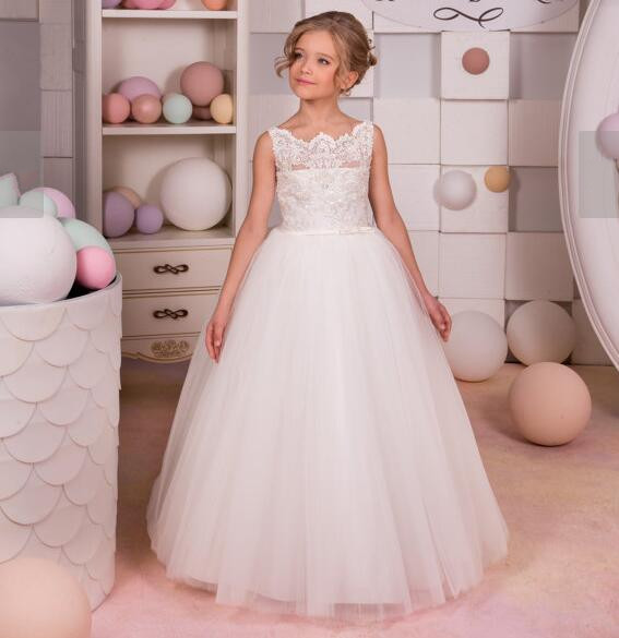 White Ivory 2017 Flower Girls Dresses Puffy Ball Gown Lace Tulle Beads Custom Made First Communion Dress