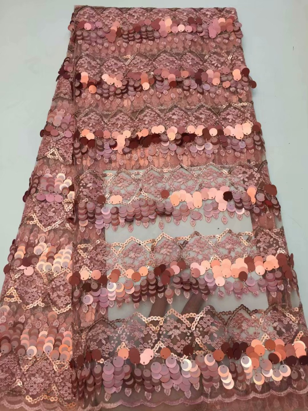 Free shipping african lace fabric high quality french guipure lace fabric new arrival sequins lace fabric for partyFree shipping african lace fabric high quality french guipure lace fabric new arrival sequins lace fabric for party