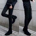 Nuevo 2017 diseñador de los hombres negro jeans ajustados Pantalones vaqueros de Ocio de lujo de los hombres ocasionales Simples Botones pantalones vaqueros de corte recto 28-34