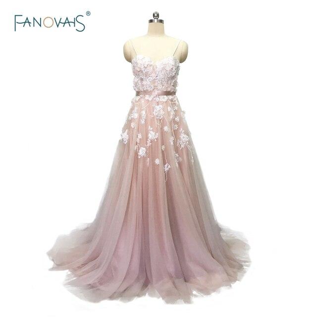 Sexy 2019 Blush Wedding Dresses with Crystal Spaghetti Straps Tulle Flower Wedding Gown Bridal Gown Vestido de Novia BT04