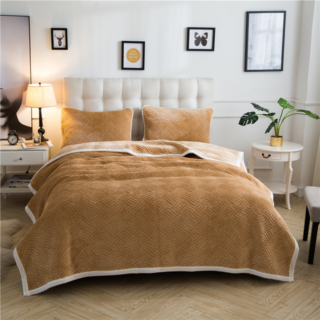 5285deb125 Warm Soft Gold Velvet Blankets Double Layer Thick Plush Throw on Sofa Bed  Plane Plaids Solid Bedspreads Home Textile 1PC
