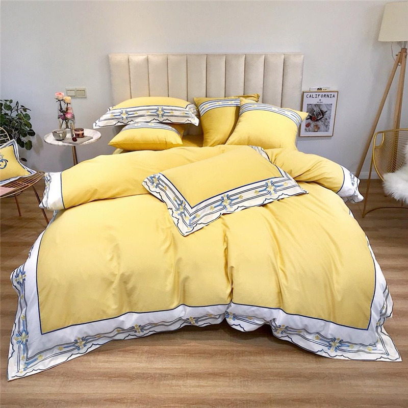 Luxury Egypt Cotton simplicity elegance Bedding Set Embroidery with broadside Duvet Cover Bed Sheet Pillowcases Queen King SizeLuxury Egypt Cotton simplicity elegance Bedding Set Embroidery with broadside Duvet Cover Bed Sheet Pillowcases Queen King Size