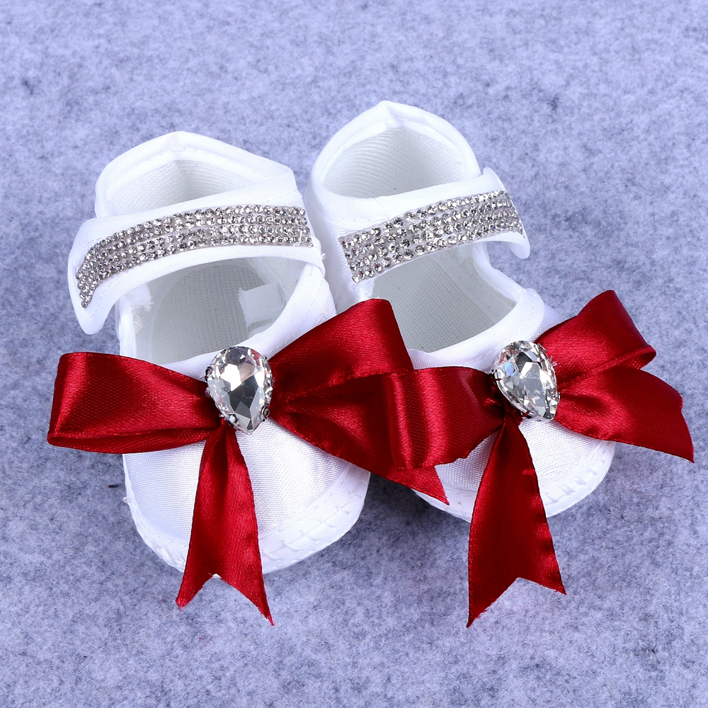 0 3 months crib shoes baby shoes white color shiny big rhinestone with bow for children boy and girl shoes in Crib Shoes from Mother Kids