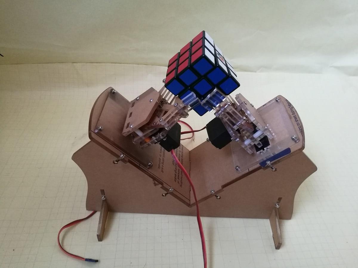 3 Level Rubiks Cube Manipulator 5mm Thin Acrylic Robot Machine for Cube Solution of 3 Order Rubiks Cube Rack3 Level Rubiks Cube Manipulator 5mm Thin Acrylic Robot Machine for Cube Solution of 3 Order Rubiks Cube Rack