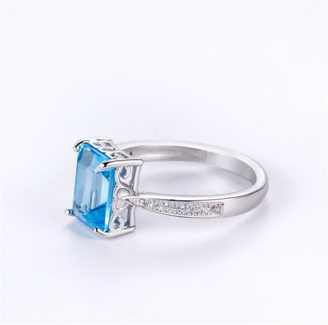 brixini.com - 3CT Rectangle Sky Blue Topaz Ring