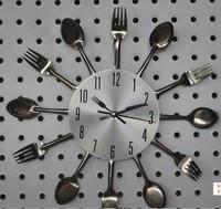 大壁時計a002ナイフフォークスプーンオリジナリティキッチンレストランウォールデコレーションクオーツdecorantiqueスタイルプロモーション2017クォーツ金属ミュート