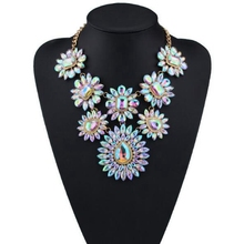 Fashion Colorful Crystal Flower Statement Pendant Necklace for Women Charms Chokers Necklaces Maxi Necklace Jewelry ketting недорого