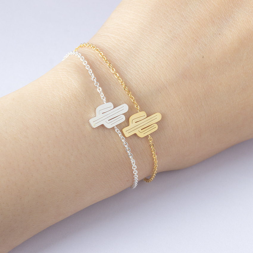 2018 new s952 Sterling sliver cactus bracelet popular tropical plant jewelry creative ladies bracelet LB01