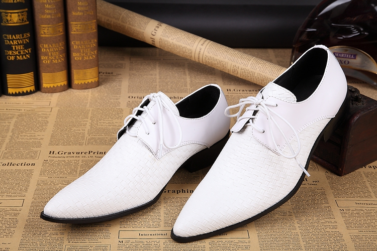Big size lace up breathable oxford shoes men's fashion wedding shoes British style white/black pointed genuine leather oxfords цены онлайн