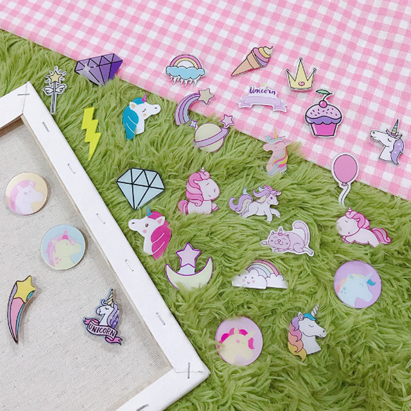 1pcs/lot Kawaii Unicorn Girl Cartoon Badges Acrylic Badges Icons On The Backpack Icons On The Pin Brooch Plastic Badge