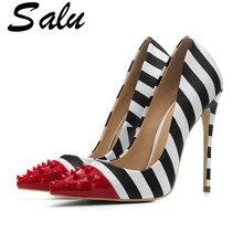 Toe Sepatu Tinggi Hak