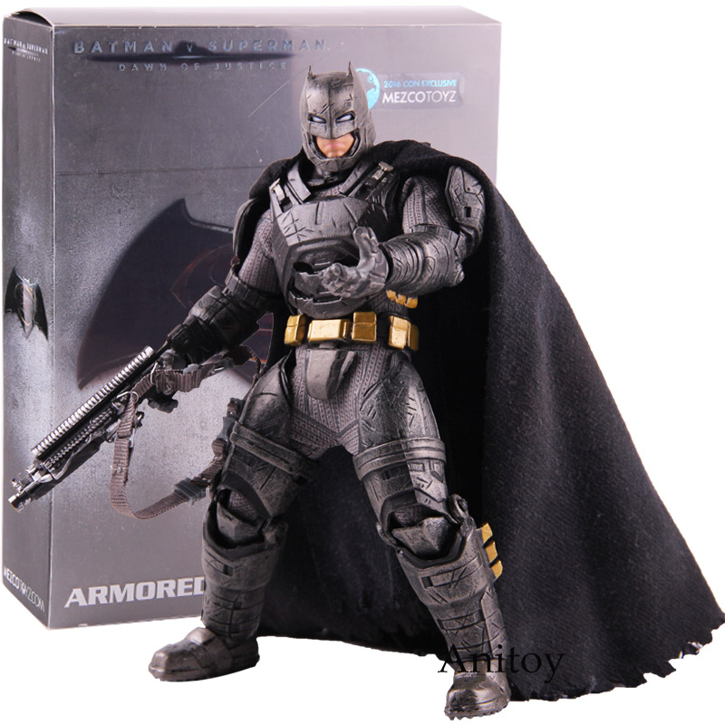 MEZCO TOYZ Batman V Superman Dawn of Justice Armored Batman Action Figures One:12 Collective PVC Collectible Toy with LED Light