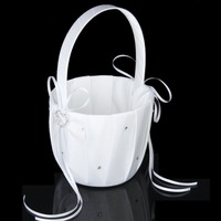 Hot Sell Western Style Bride Wedding Wedding Supplies Basket Party Love Case Satin Bowknot Rose Flower