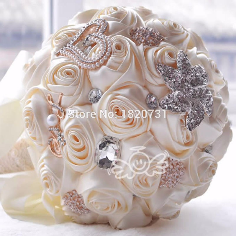 2017-in-stock-Stunning-Wedding-flowers-White-Bridesmaid-Bridal-Bouquets-artificial-Rose-Wedding-Bouquet