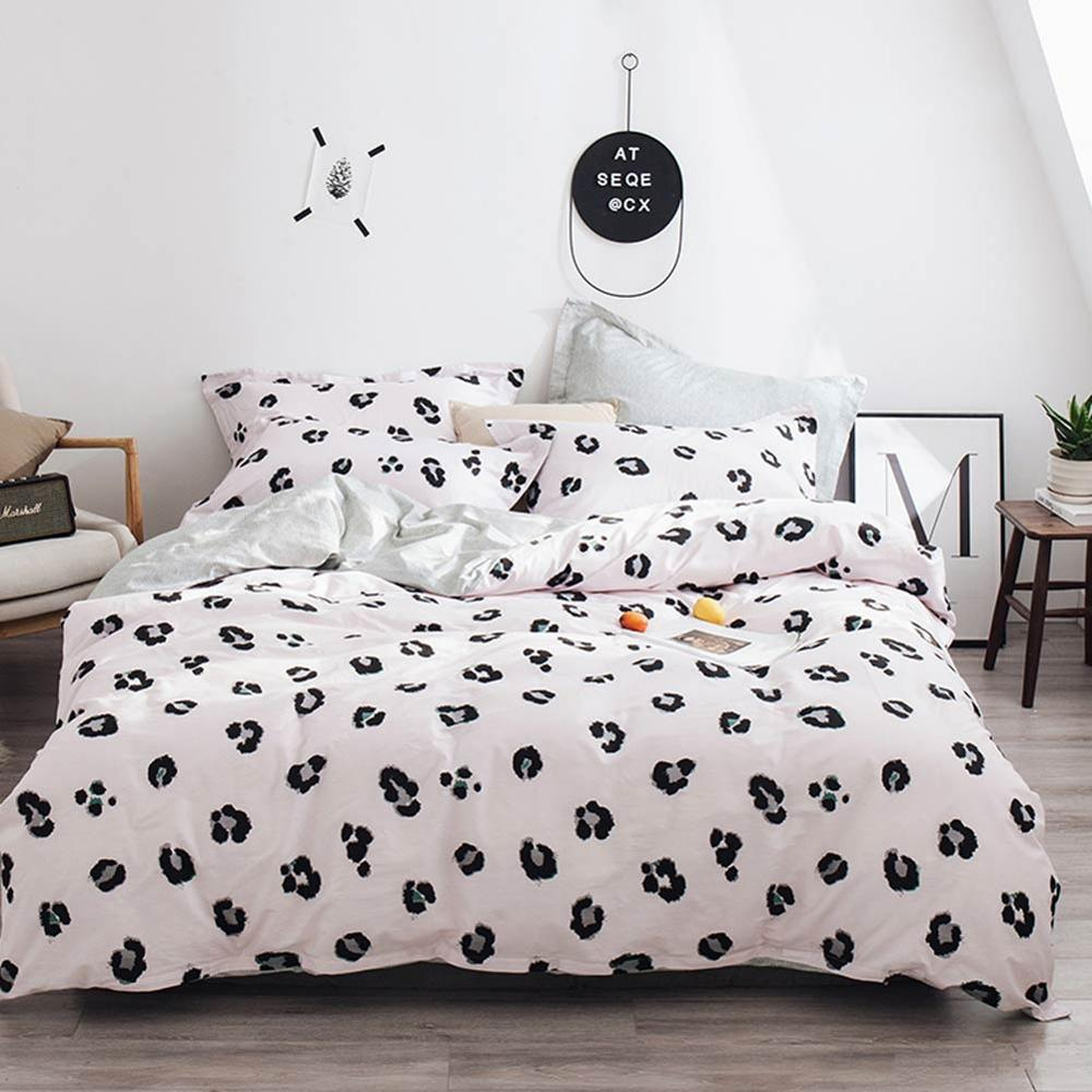2019 Brief Leopard Print Cartoon Bed Cover Soft Cotton Bedlinens Twin Queen King Duvet Cover Set Bedspread Pillowcases