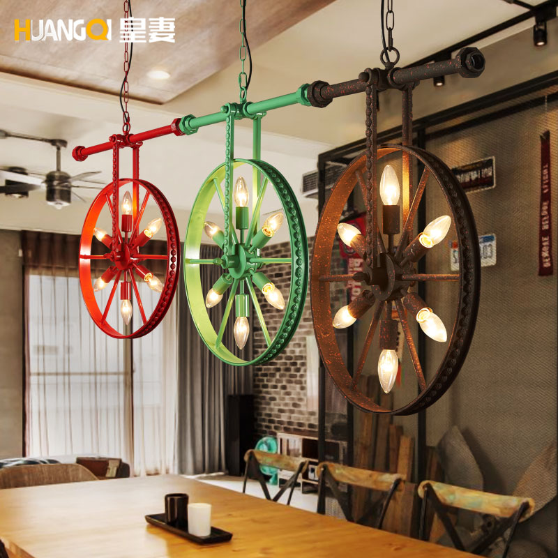 Loft retro industrial wind personality Restaurant Bar American country iron bar Art Chandelier wheelLoft retro industrial wind personality Restaurant Bar American country iron bar Art Chandelier wheel