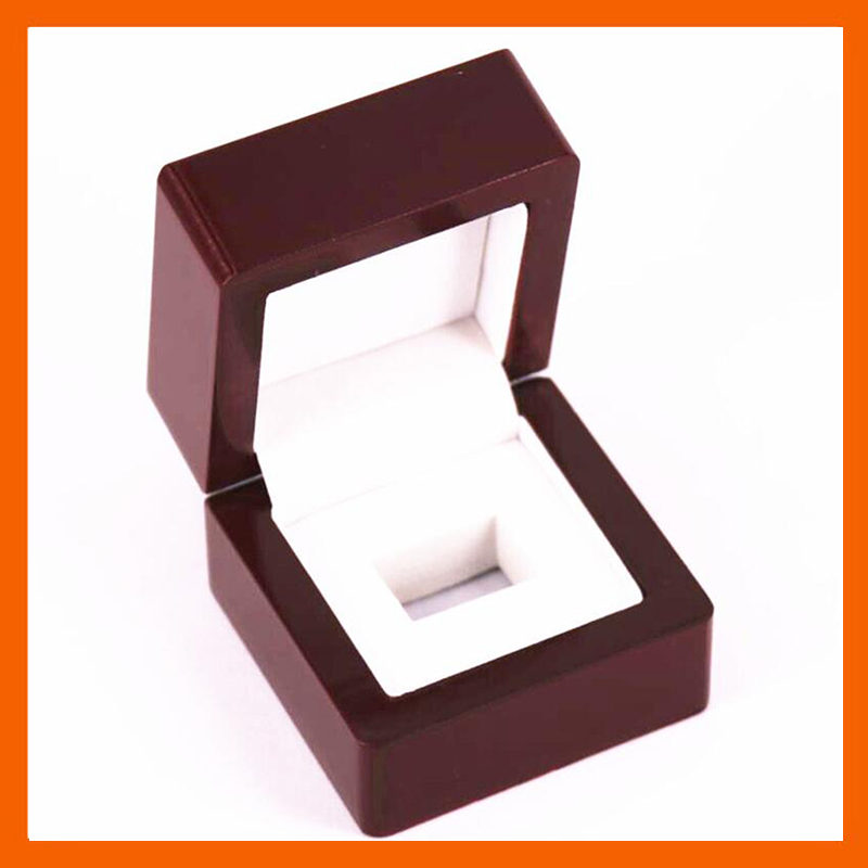 HOLDING ONE RING WOODEN CASE CHAMPIONSHIP RING DISPLAY BOX 7*7*5.2(CM) DROP SHIPPING BY CARSON