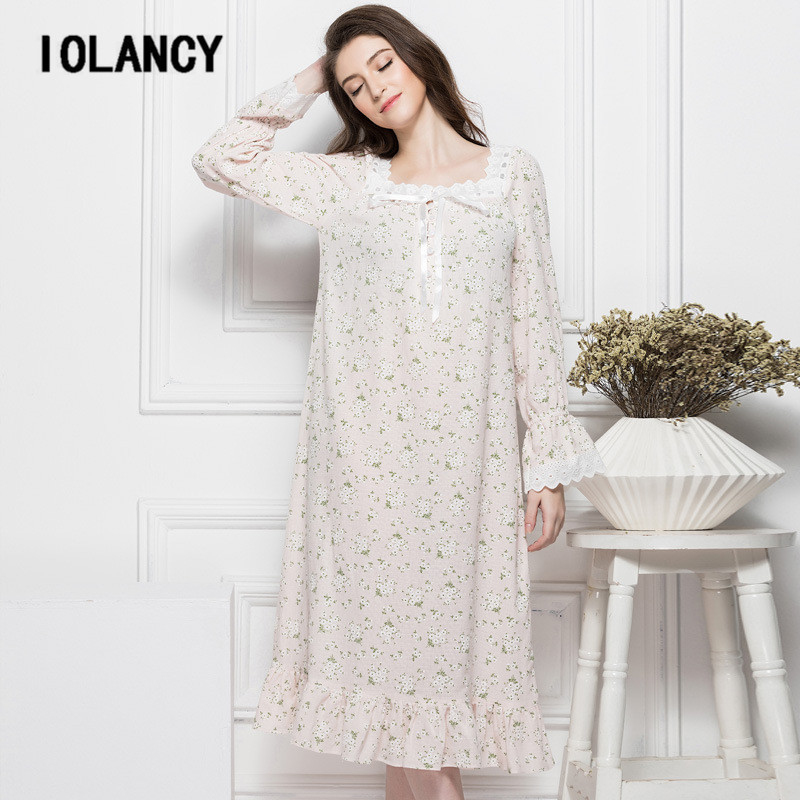 Maternity Dress 2017 Palace Retro Floral Cotton Nightgown Long-sleeved  Large Size Casual Pajamas Wear e4713a3b62ed