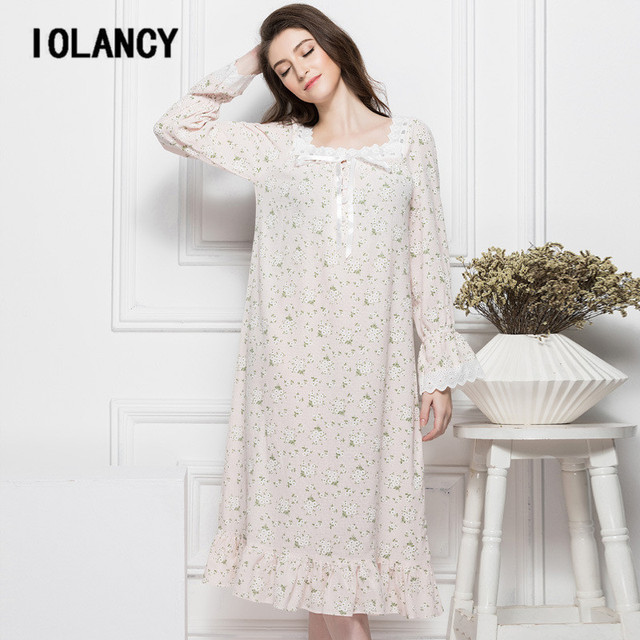 Maternity Dress 2017 Palace Retro Floral Cotton Nightgown Long-sleeved  Large Size Casual Pajamas Wear for Pregnant Women YFQ136 d29358f38