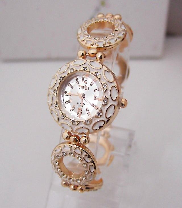 New Luxury Vintage Bracelet Watch Women Ladies Casual Dress Quartz Wristwatch Relogio Feminino TW017