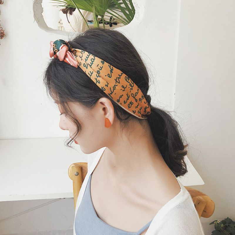 Women Vintage Decorative Neckerchief Pointed Tail Contrast Color Heart Print Neck Scarf Imitation Handbag Wrist Ribbon Headban in Women 39 s Scarves from Apparel Accessories