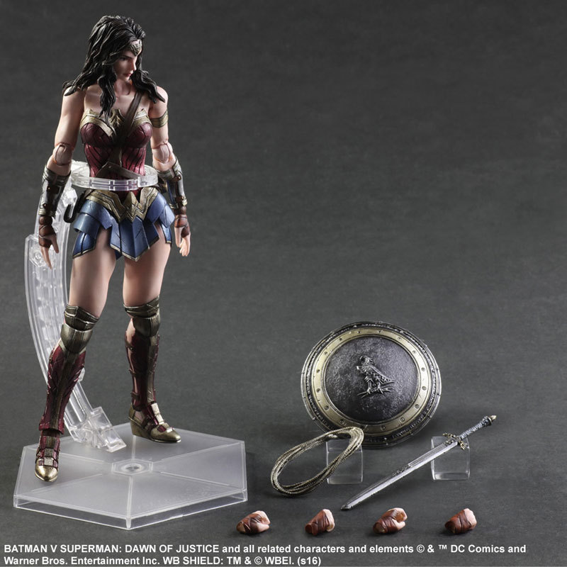 Anime Movie Wonder Woman Action Figure Playarts Kai figurine kids hot Toy Collection Model Play arts Kai wonderwoman Statue doll 27cm play arts kai movable figurine assassin s creed edward pvc action figure toy doll kids adult collection model gift