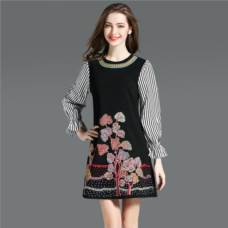 2019 Spring new fashion striped flare sleeve embroidered dress