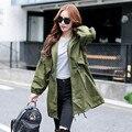 2017 Nuevas Mujeres Trench Cazadora Floja Verde Del Ejército Outwear Otoño Harajuku Capa Larga de Corea Del Estilo de la Vendimia Con Forro
