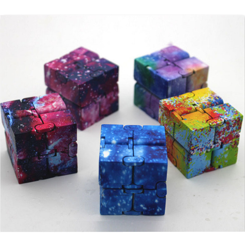 Infinity Flip Cube Five Kinds of Star Pattern Optional Endless Cube Puzzle Spinner Cubic Anti-Stress Cube Toys for Adult&Kids