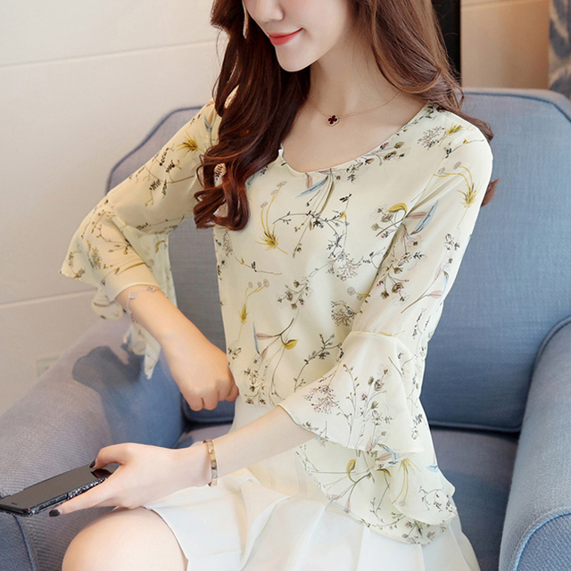 9e1a14c9a40 New 2018 Summer Women Floral Printed Chiffon Blouse with Elegant Flare  Sleeves V-neck Ladies Beautiful Office Tops D3W XS S M