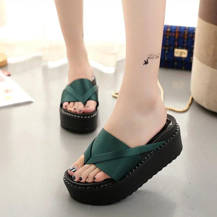green-high-heel-slipper_06