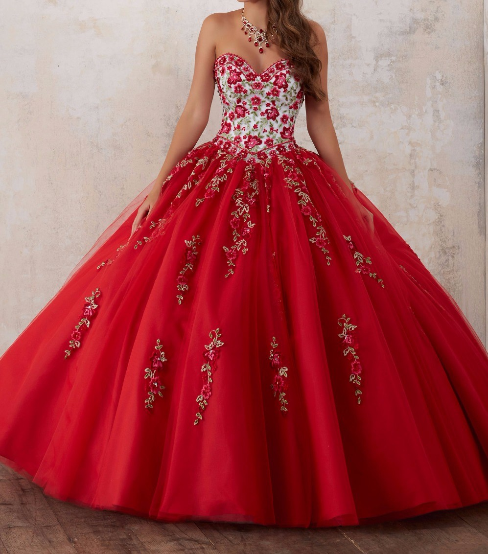 Embroidery Red Quinceanera Dresses 2019 Beadings Crystal Tulle Dresses 15 year old Debutante Sweetheart neck Vestidos