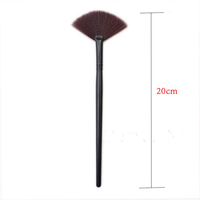 1PC 2017 New Fashion Arrivals Women Portable Slim Shape Powder Concealor Professional Cosmetic Foundation Makeup Brush Makeup Brushes