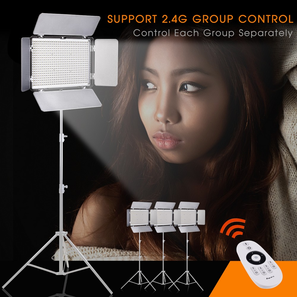 Travor TL-600A 2.4G Bi Color LED Video Light for video shooting with 2.4G remote control +NP-F550 battery+Charger travor tl 600a 2 4g kit bi color led video light 3200k 5500k for photography shooting three light 6pcs battery 3 light standing