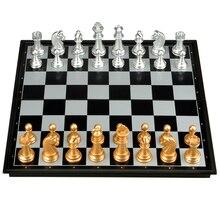 Neues UB magnetisches Gold- und Silberfaltschachspiel heißer Verkauf