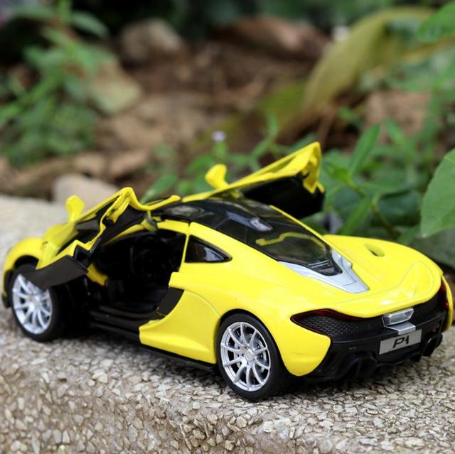 1 32 Scale Mclaren P1 Alloy Pull Back Car Model Cast Metal Toy Vehicles Musical Flashing 3 Open Doors Collection