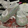 Frete grátis rhinestone cristal bebé criança sapatos feitos à mão Bling diamante primeiro bead sapatos macios personalizar qualquer nome de aniversário