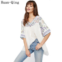 Huan Qing 2017 Summer Women's Vintage Embroidery Bohemian People Loose White T Shirt Tops Sexy V Neck Short Sleeve Sweet T Shirt