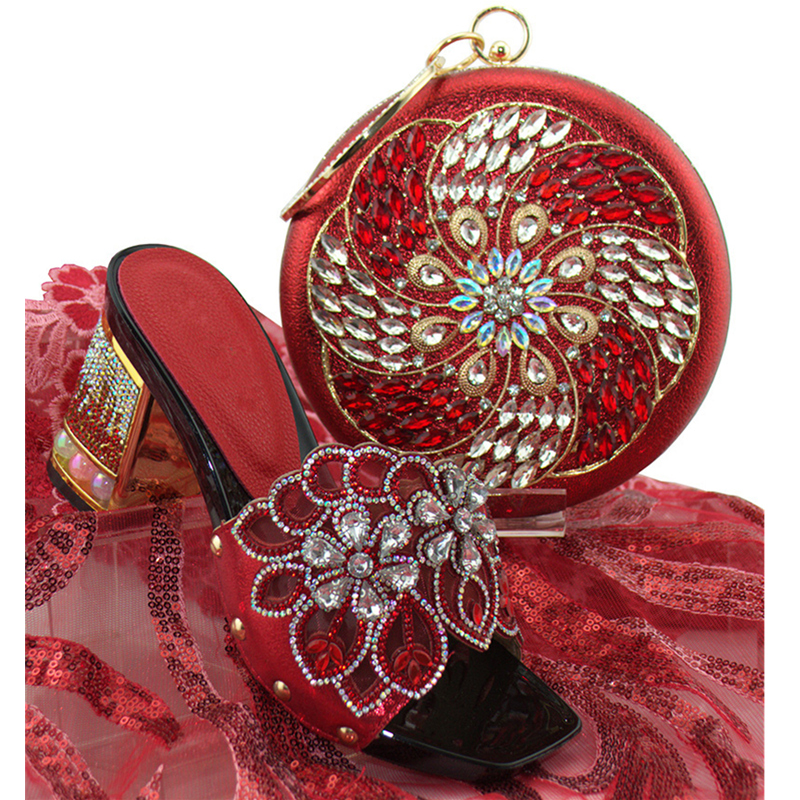 1ff5980aa Chegada Bolsa Sapatos De vermelho Com Africanos A Italiano Decorado Set  Nova Strass Estilo rosa Designer Sapato ...