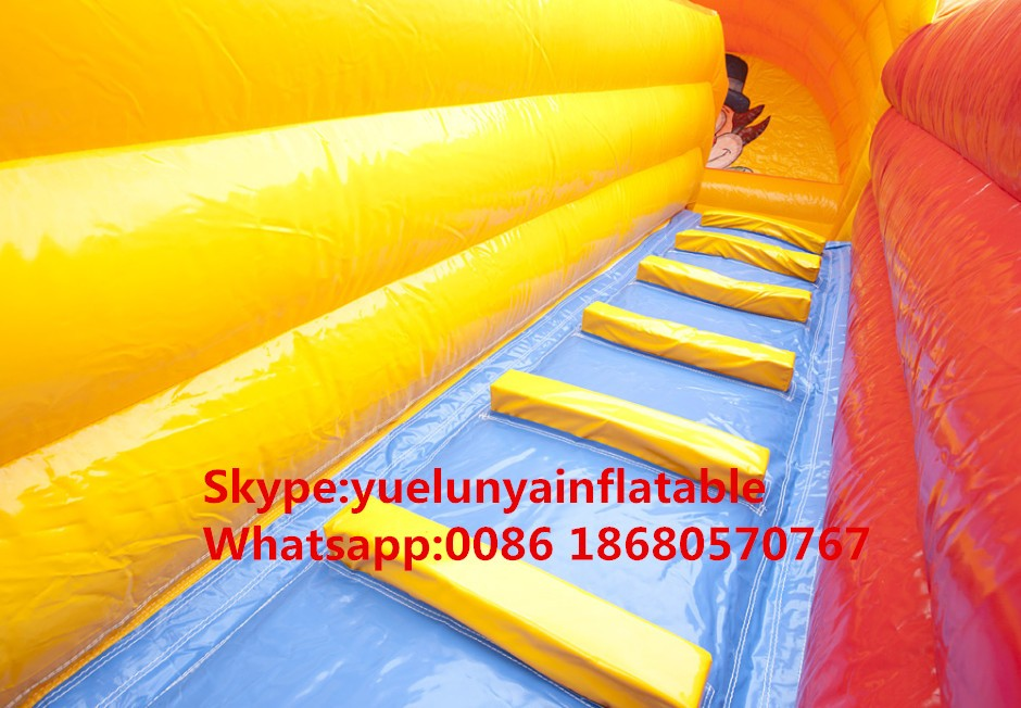 inflatable-clown-slide-7-940x652_