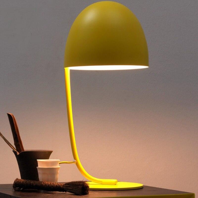 Желтый розовый Настольный светильник Nordic гостиной, спальни исследование настольная лампа LED лампа для чтения детская Eye Care настольные лампы...