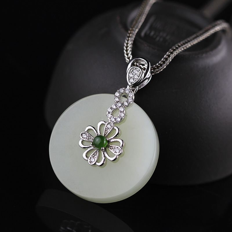 S925 silver jewelry wholesale new lady Hetian jade jade pendant jewelry free shipping retro clover free shipping jade