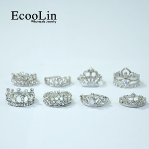 Image 4 - 50Pcs EcooLin Jewelry Fashion Zircon Shiny Crown Silver Plated Rings Lots For Women Bulk Packs LR4024