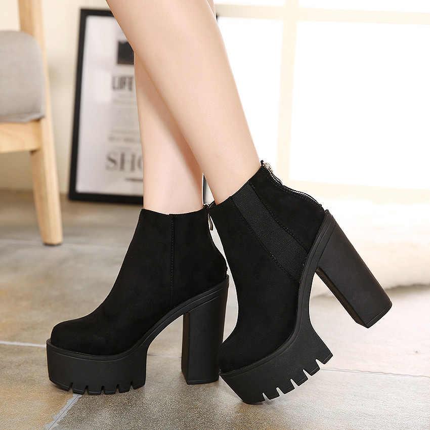 Bốt đen nền tảng mùa đông Giày người phụ nữ mùa thu Punk Giày chun Giày cao gót nữ mắt cá chân Giày cho nữ mùa đông Giày YMA109