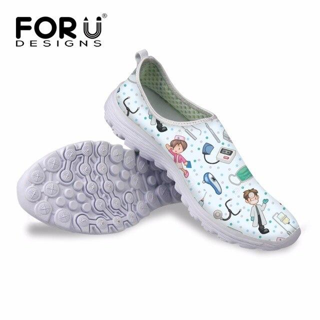 9191b6a2c12be FORUDESIGNS femmes chaussures plates 3D dessin animé soins infirmiers ours  lumière baskets chaussures en maille femme