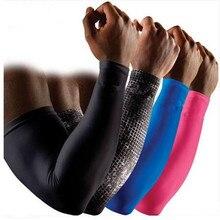 2017 Venta Caliente 2 UNIDS Running Man Sports Baloncesto Manga Del Brazo Ciclismo Calentadores de Brazo de Compresión Codo Protector Pads Soporte Para hombres