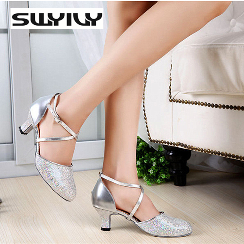 2017 New Summer Glitter Shining Women Latin Dance Shoes 5CM Middle Heel Soft Soles Women Ballroom Salsa Dance Sneakers EUR34-41 2017 New Summer Glitter Shining Women Latin Dance Shoes 5CM Middle Heel Soft Soles Women Ballroom Salsa Dance Sneakers EUR34-41